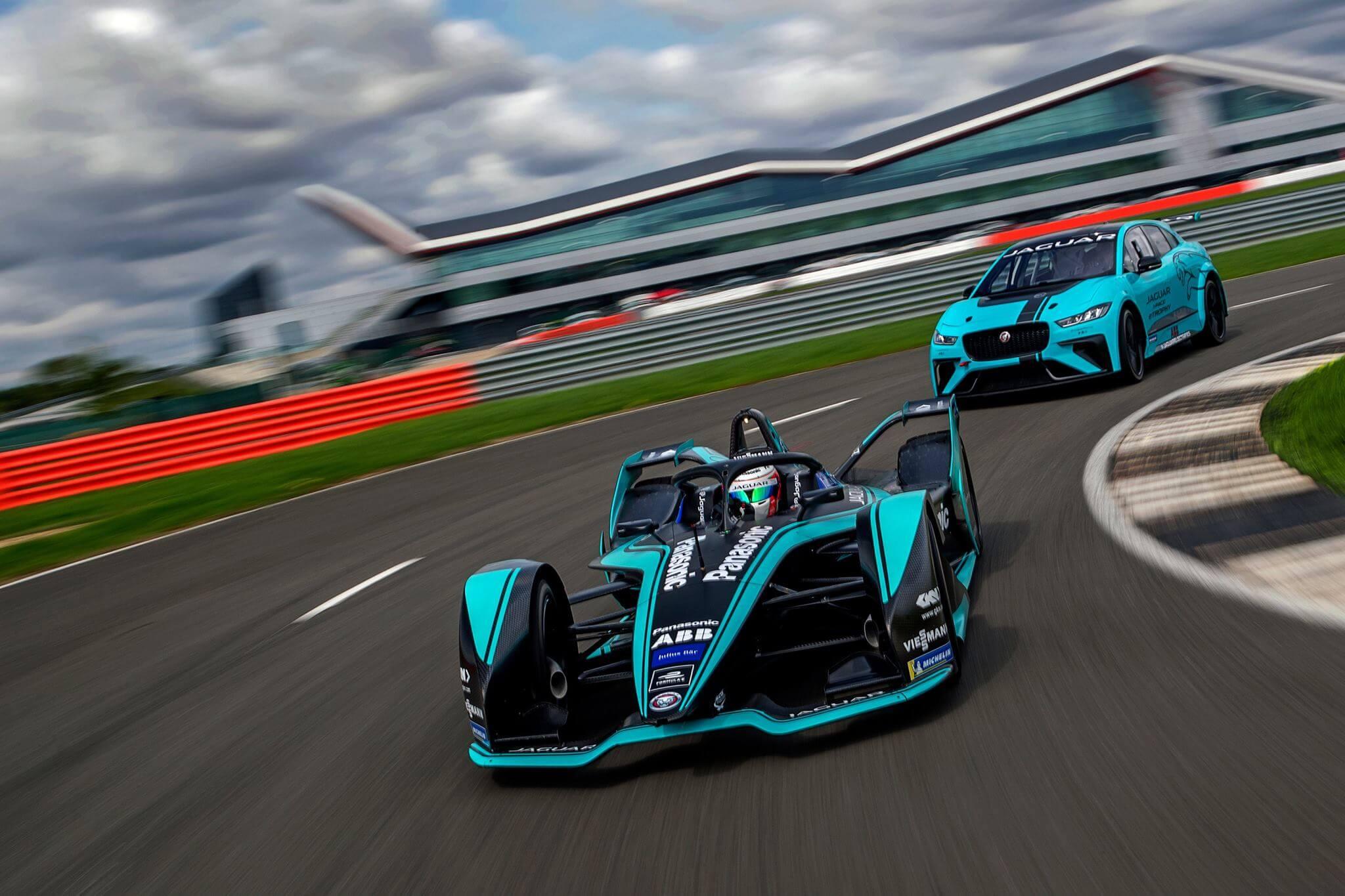 Először jön Magyarországra Formula E autó bemutatózni!