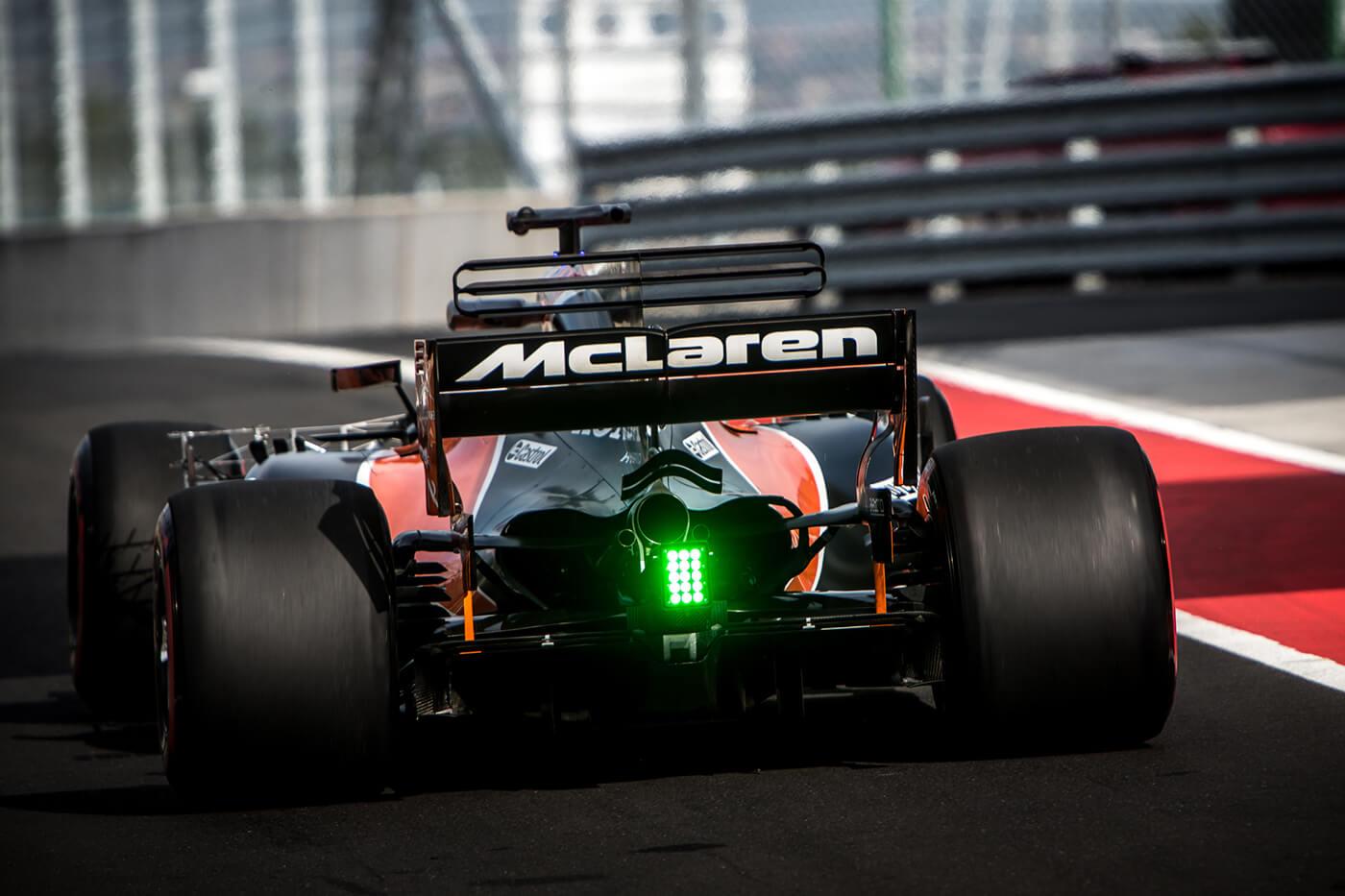 Monzai beállítással megy majd Szocsiban a McLaren