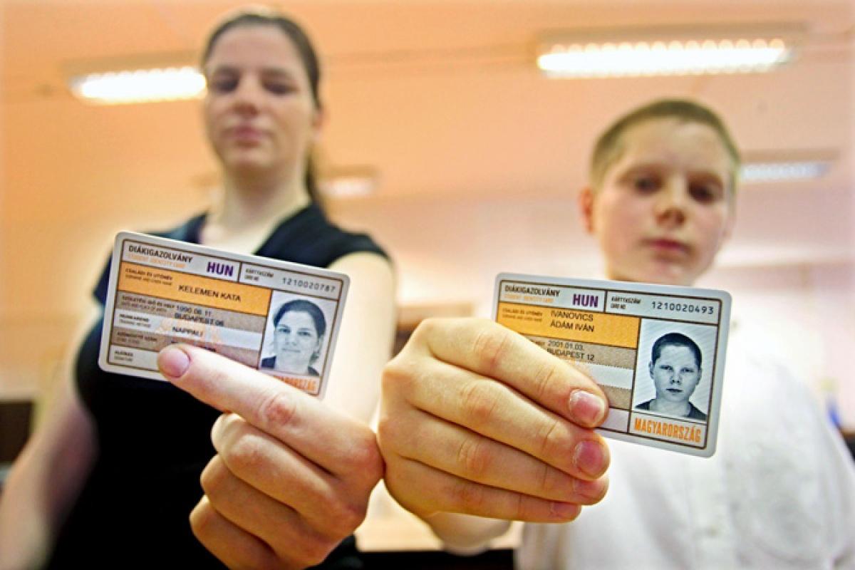 Friss érvényesítés nélkül is elfogadják az utazási kedvezményre jogosító okmányokat