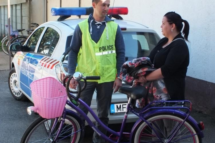 Rendőröktől kapta vissza ellopott kerékpárját
