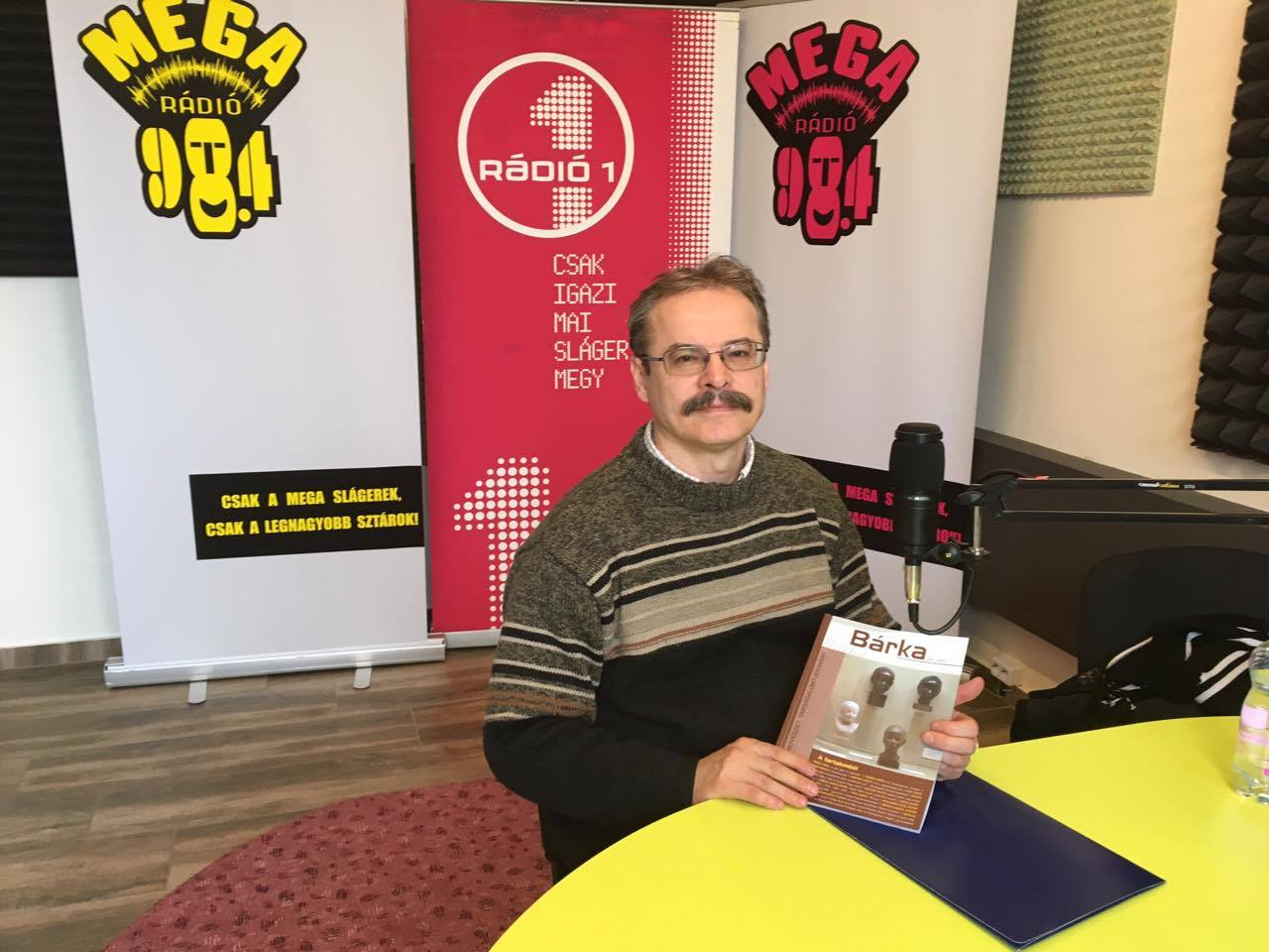 Dr. Elek Tibor: a kamaratermi előadások is sokszínű szórakozást nyújtanak