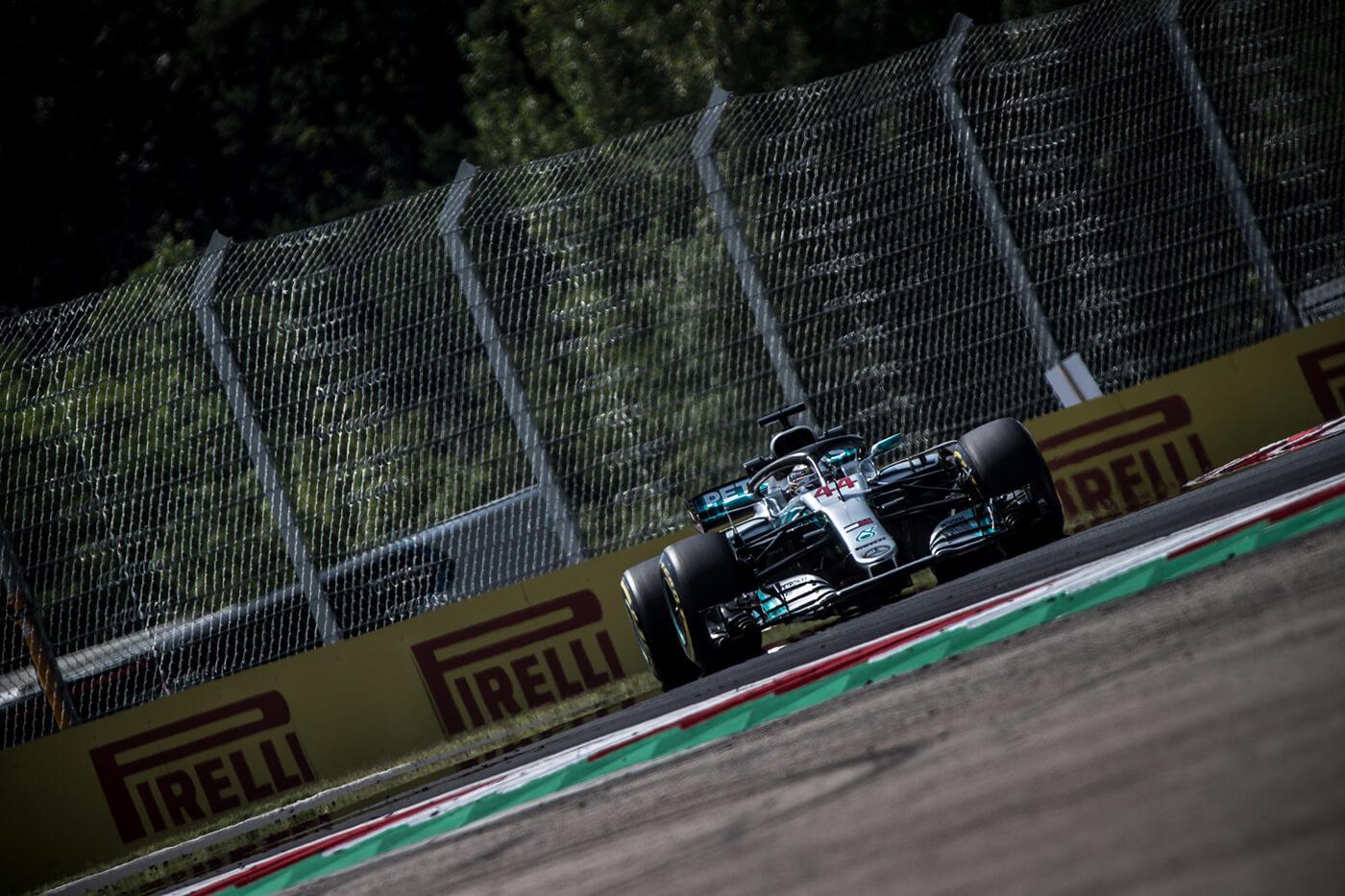 Japán Nagydíj: Hamiltoné a pole pozíció, Vettel csak a kilencedik