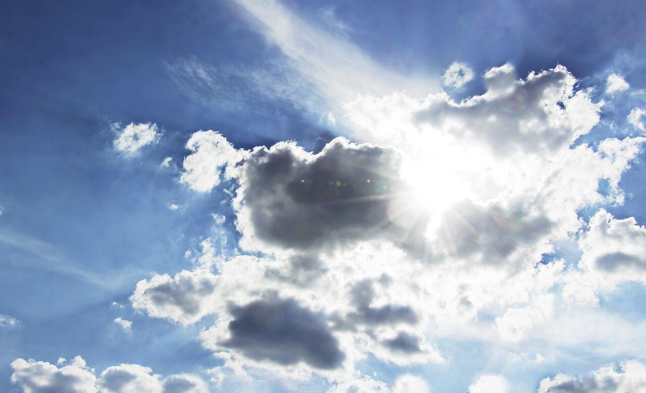 A hétvégén is folytatódik a meleg, napsütéses idő