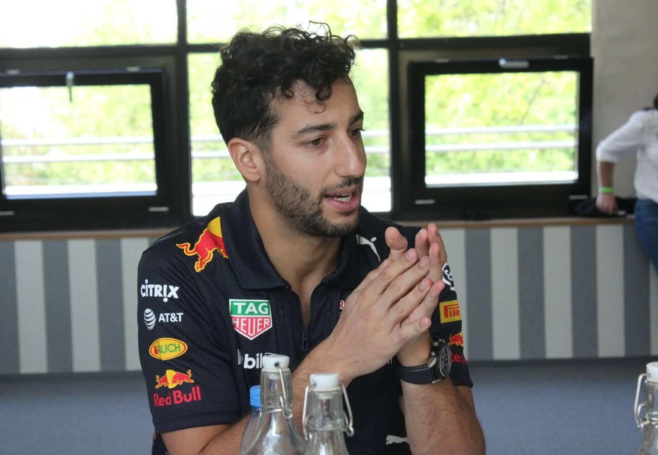 Ricciardo: A mechanikai gondok miatt néha nem szeretem ezt a sportot