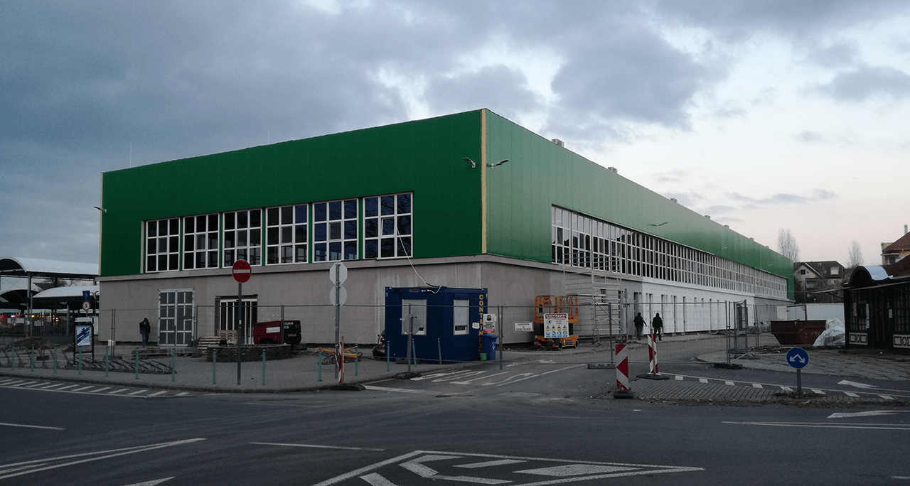 Hamarosan befejeződik a békéscsabai vásárcsarnok felújítása