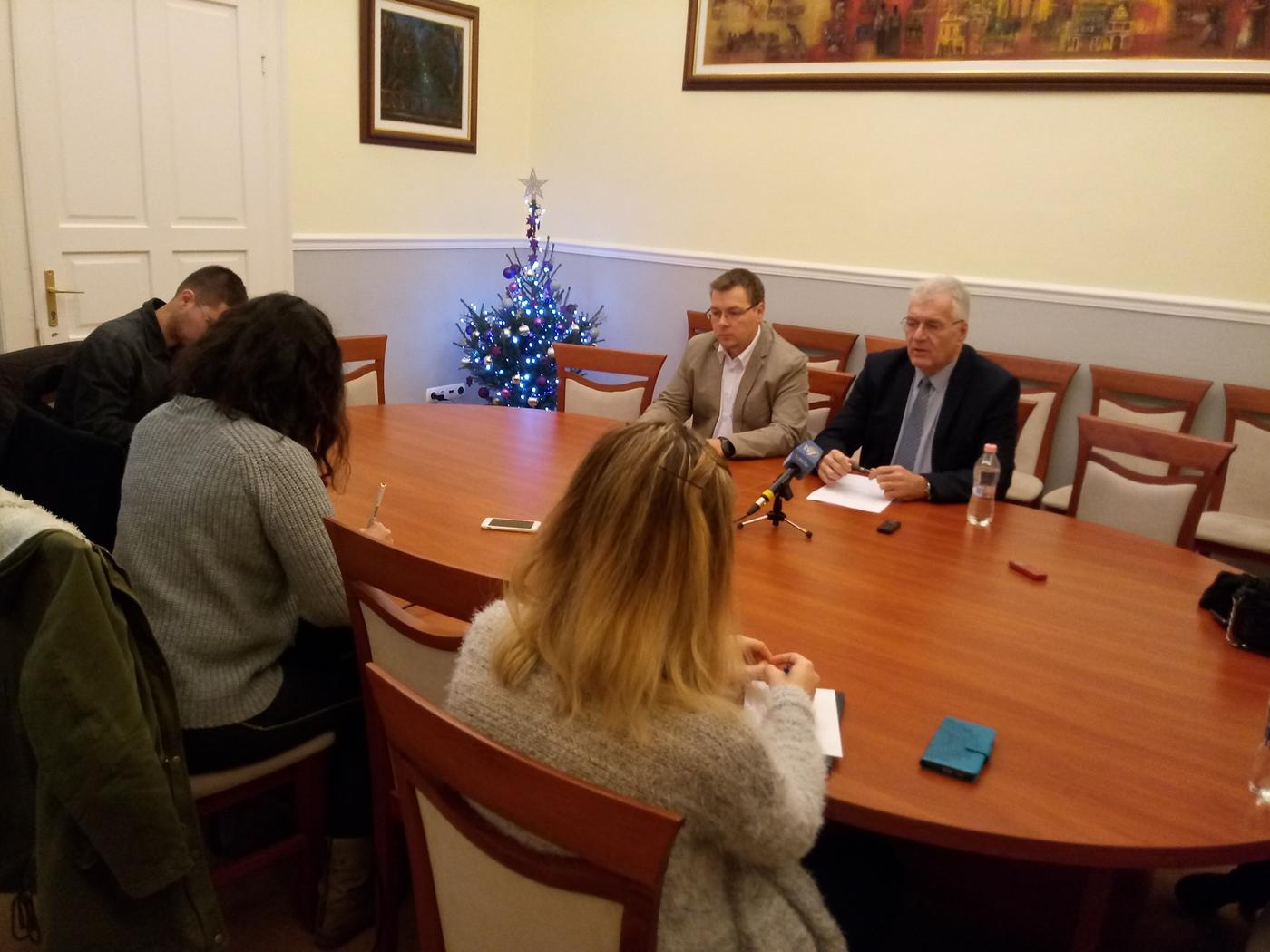 Fidesz: folytatódjon 2019-ben is a stabilitás