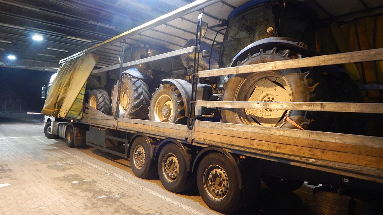 Három munkagépet foglaltak le a gyulai közúti határátkelőhelyen