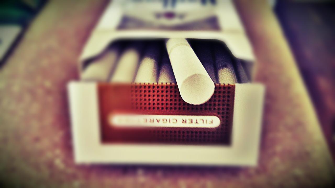 210 liter pálinkát és 90 doboz cigarettát foglaltak le