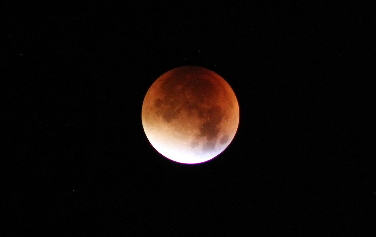 Teljes holdfogyatkozás lesz január 21-én, hétfőn hajnalban