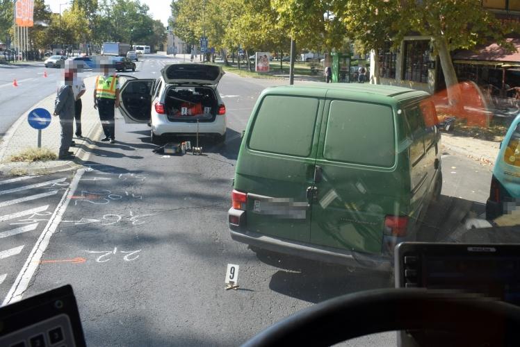 Menetrend szerint közlekedő autóbuszon sérült meg egy utas Békéscsabán