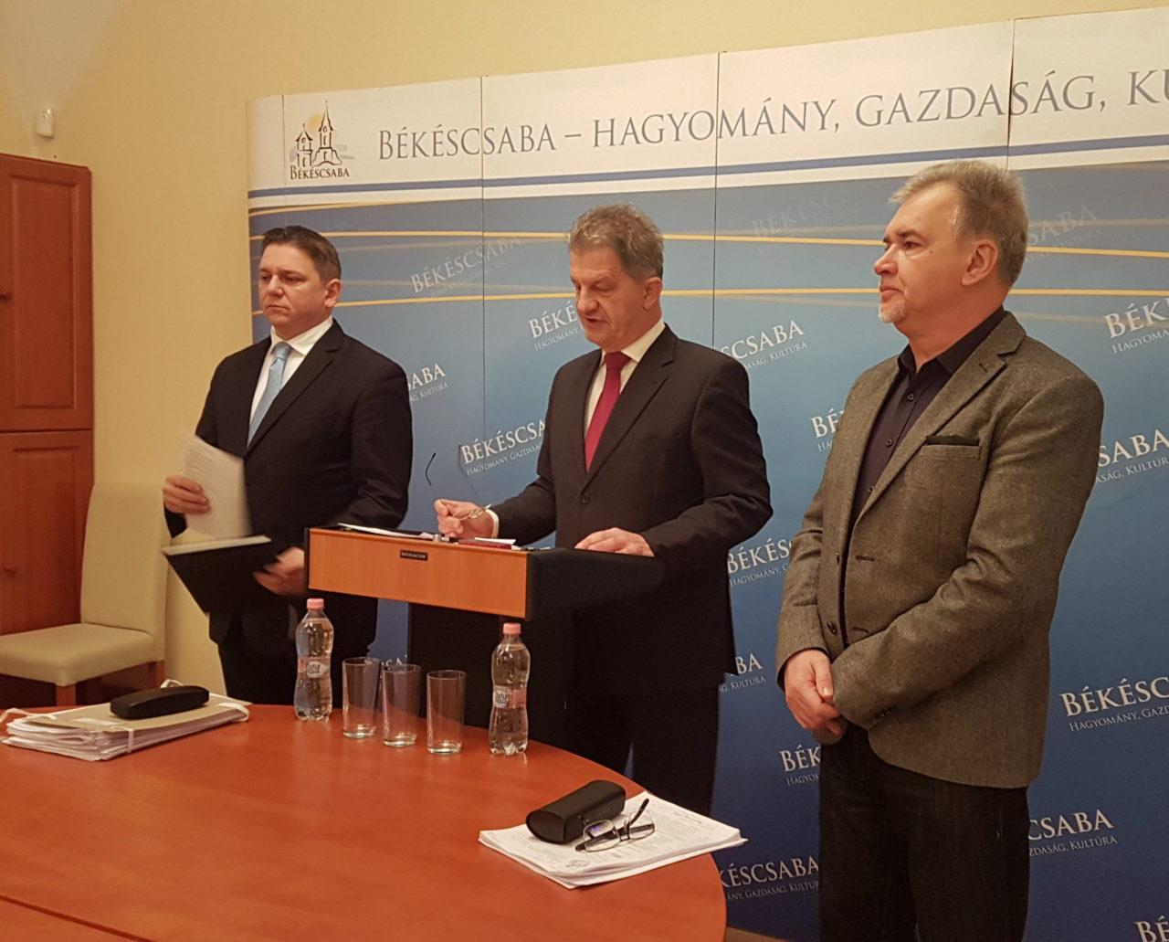 A költségvetés első olvasatát is kézhez kapták a képviselők