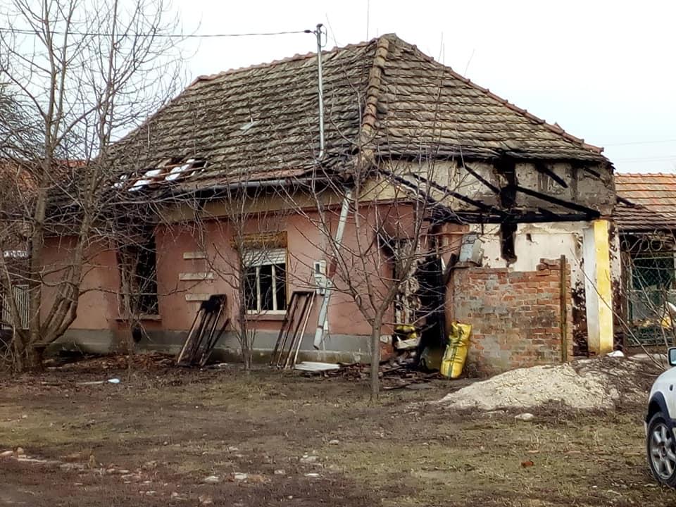 Tűz ütött ki egy pusztaföldvári lakóházban