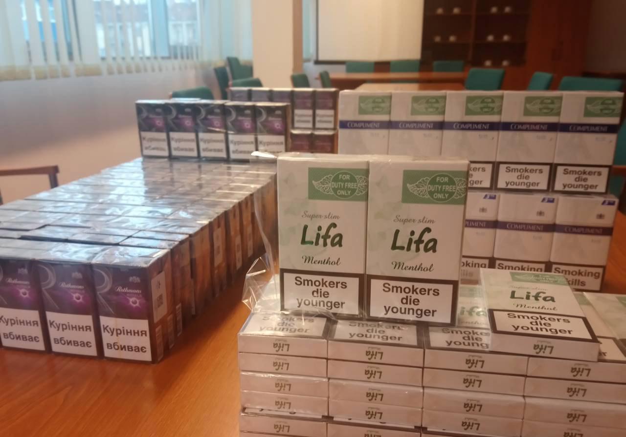 Félmillió forint értékű adózatlan cigarettát találtak egy Békés megyei férfinél