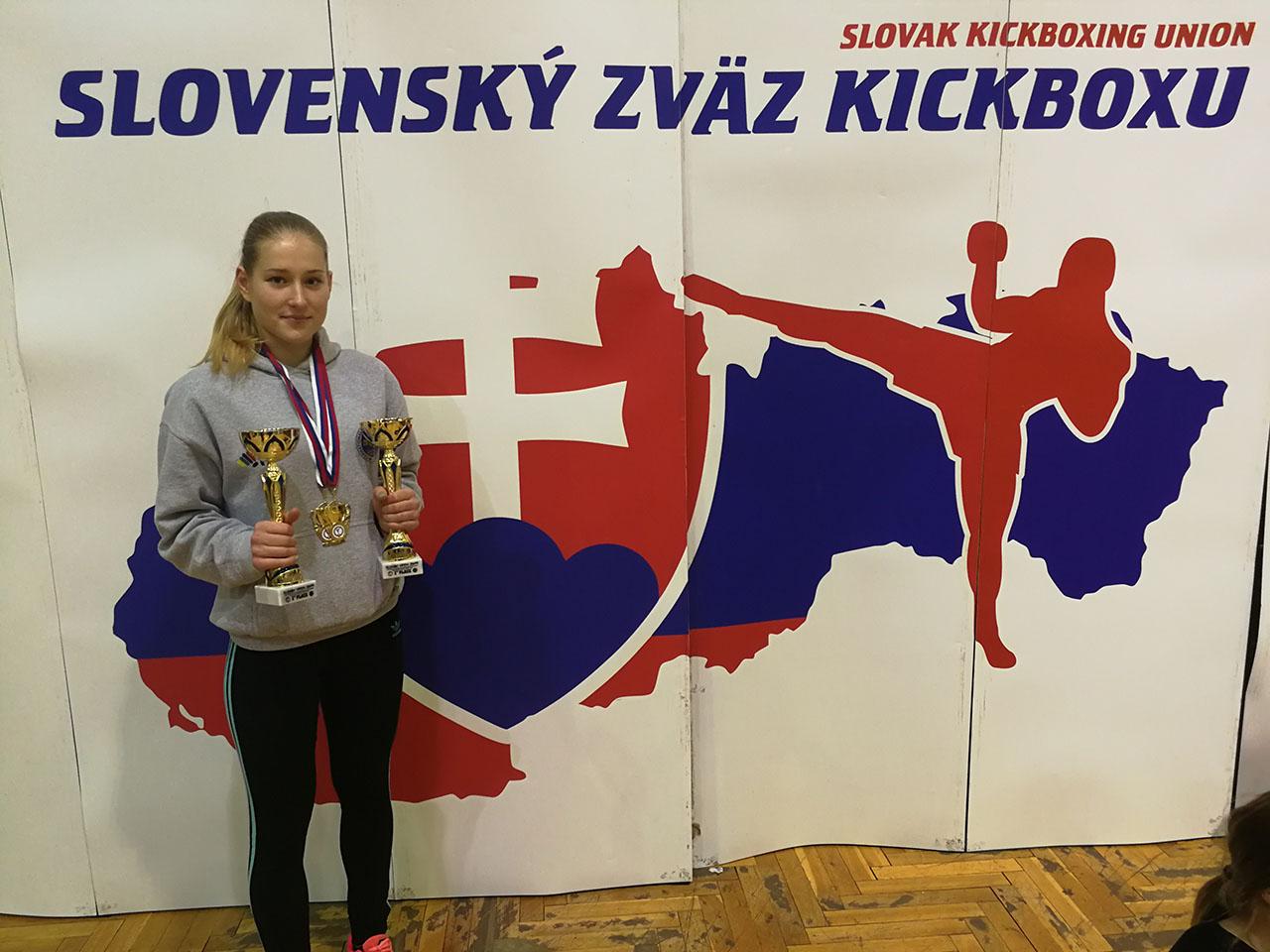 Kick-box: Pozsonyban is eredményesen!