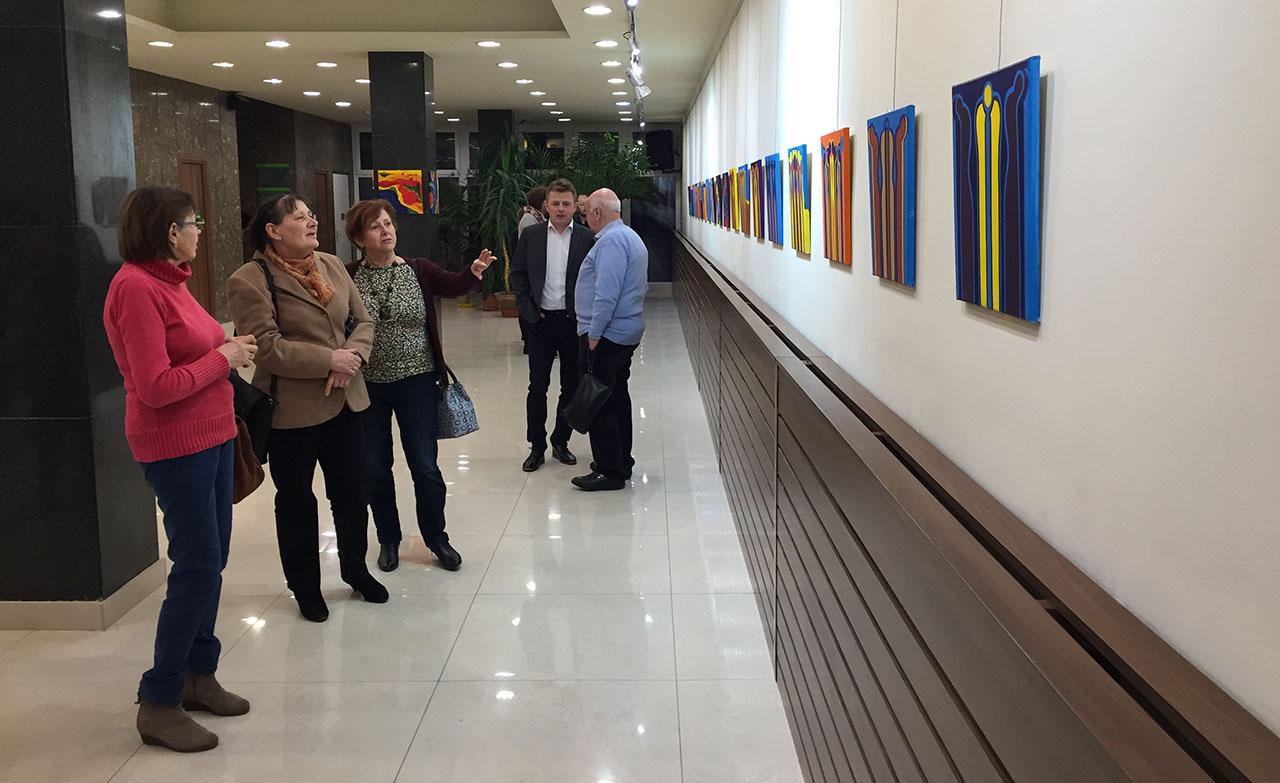 Nógrádi Kiss Magdolna alkotásaiból nyílt kiállítás Gyulán