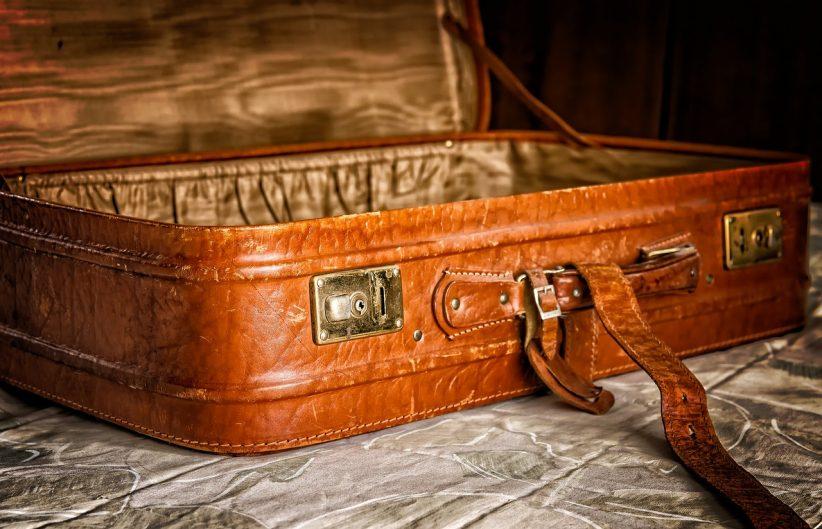 bőröndöt