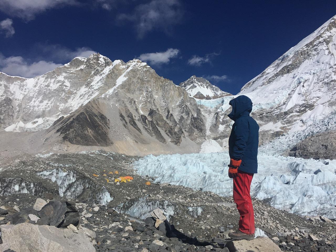 Már a Mount Everesten is túl sok a szemét