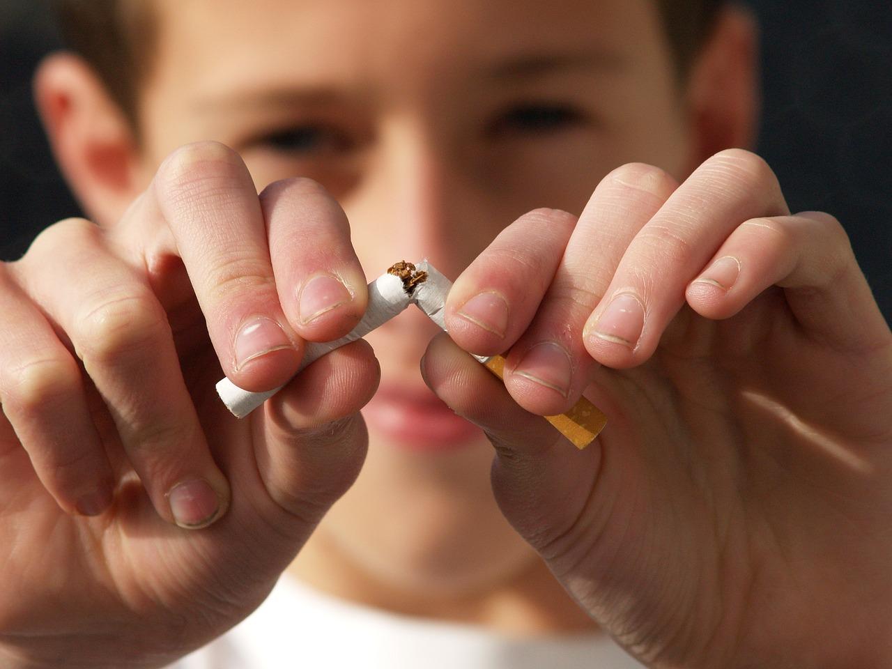 Creagan: csak a 100 éven felüliek dohányozzanak Hawaiin