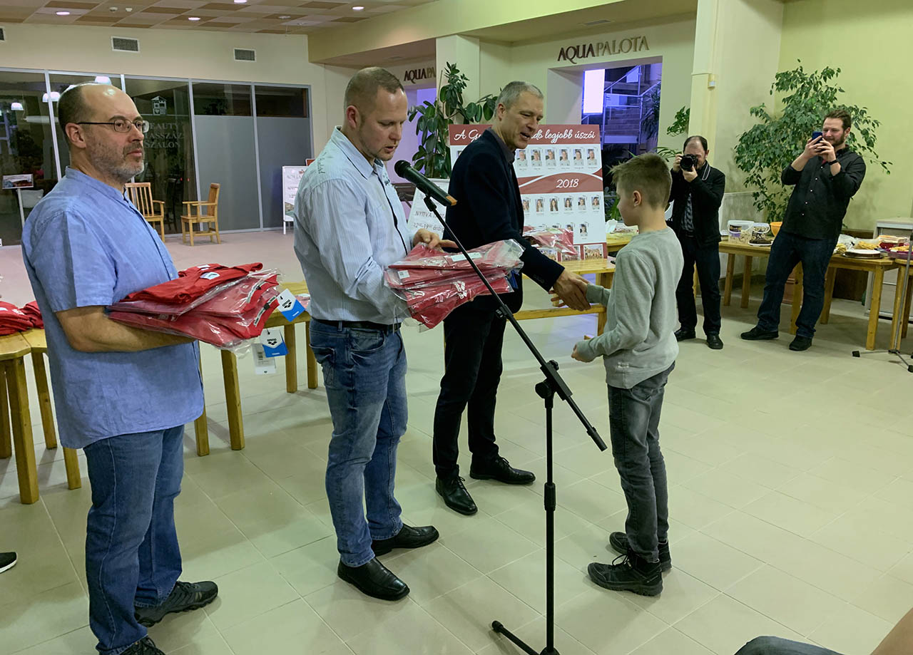 A gyulai úszósport aranykorát idéző évet zárt a Gyulai Várfürdő úszószakosztálya