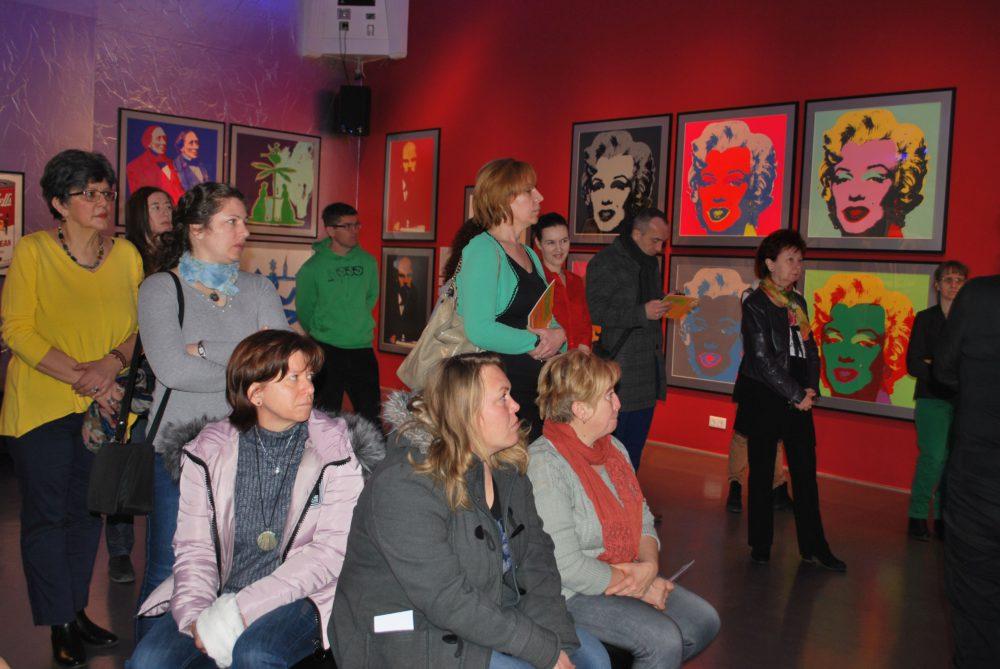 Munkácsy Mihály és Andy Warhol nyomdokaiba kalauzol a Mozaik Múzeumtúra Roadshow