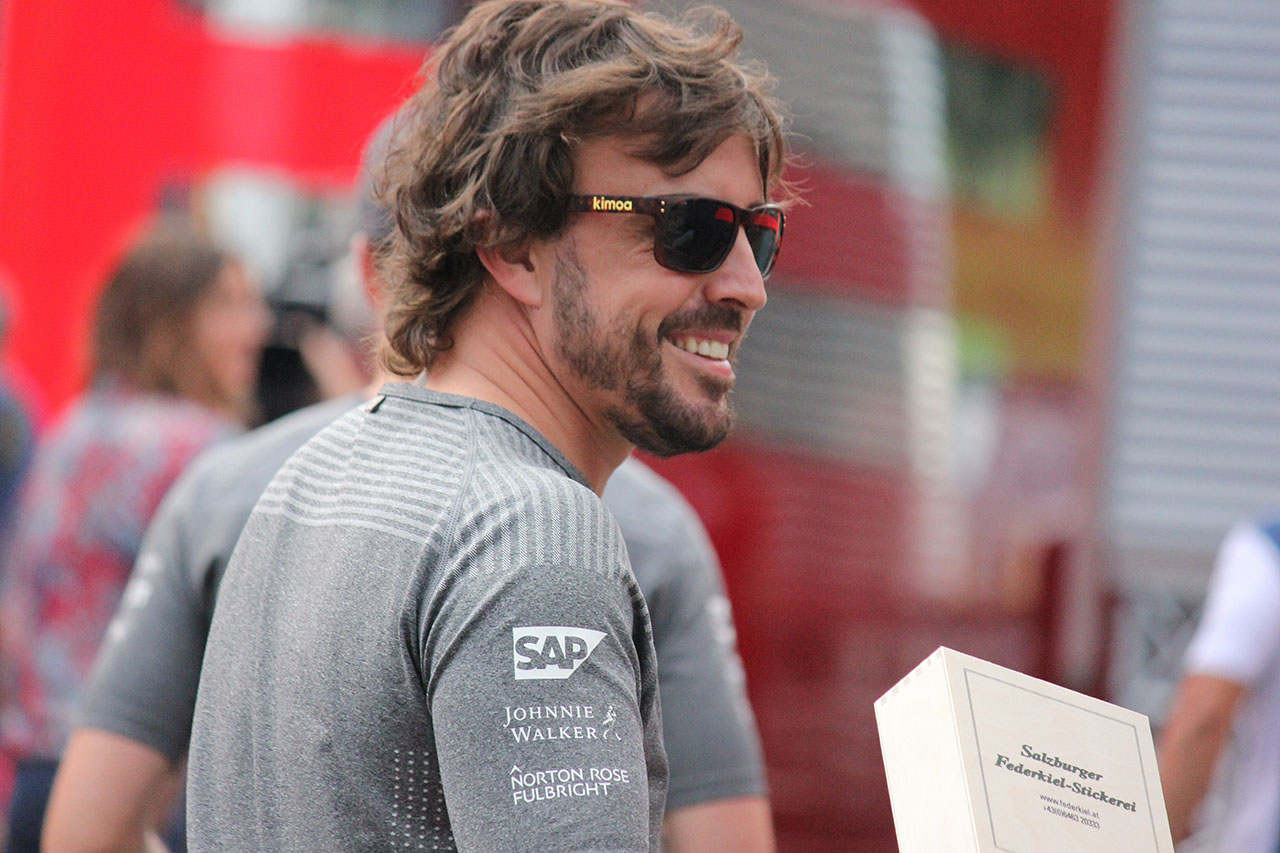 A héten tesztel Dakar-autót Fernando Alonso