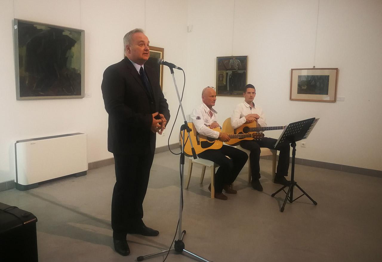 Makra János műveiből nyílt kiállítás Gyulán a Kohán Képtárban