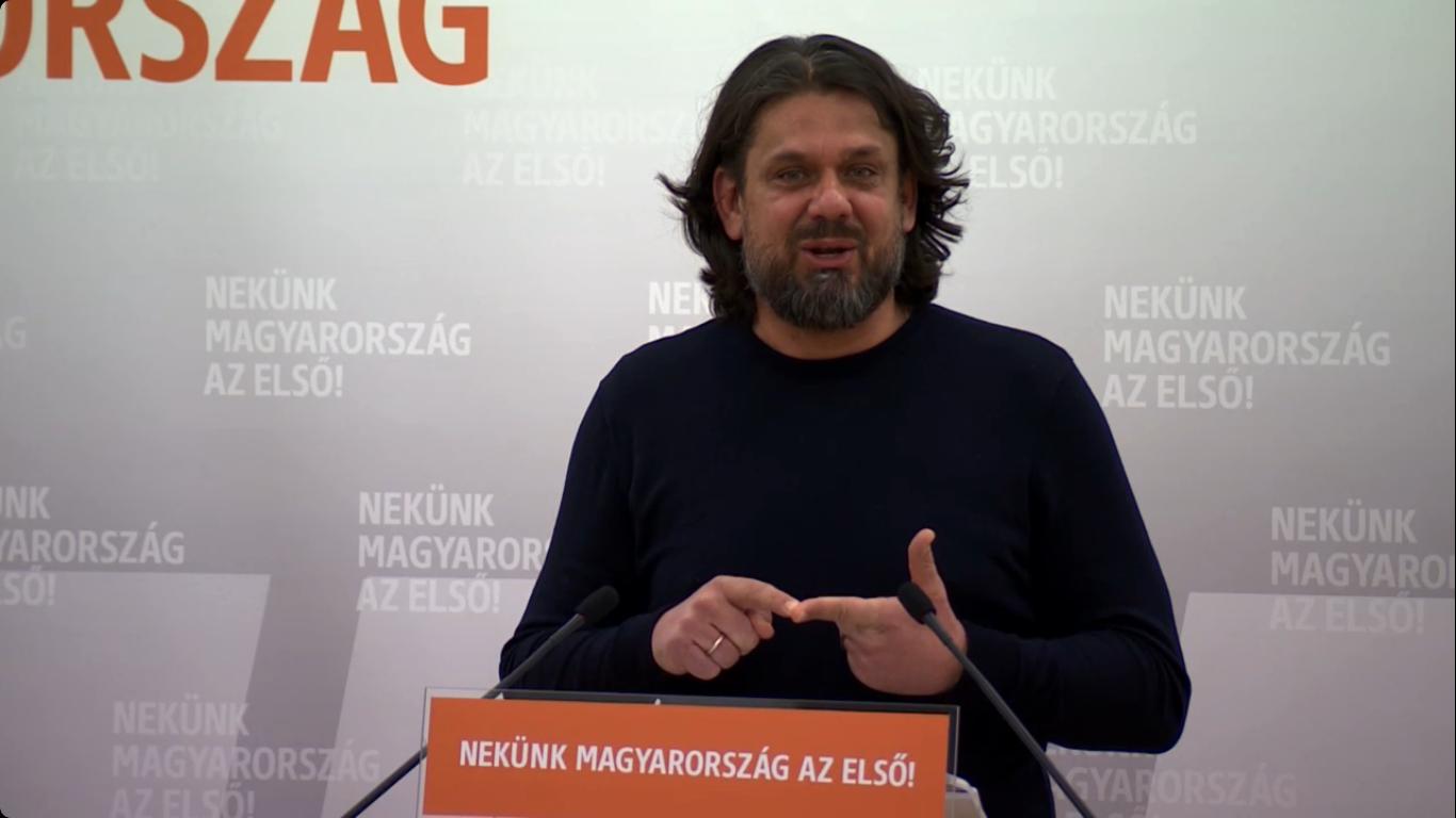 Deutsch: A munkavállalók önként, szívesen dolgoznak heti 40 óránál többet