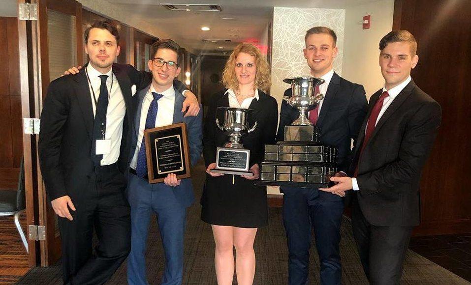 Joghallgatók nemzetközi versenyében nyertek első díjat magyar egyetemisták Washingtonban