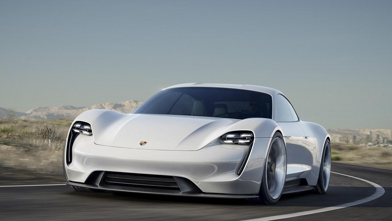 Az ABB és a Porsche közösen fejleszti Japánban az elektromos jármű-töltők következő generációját
