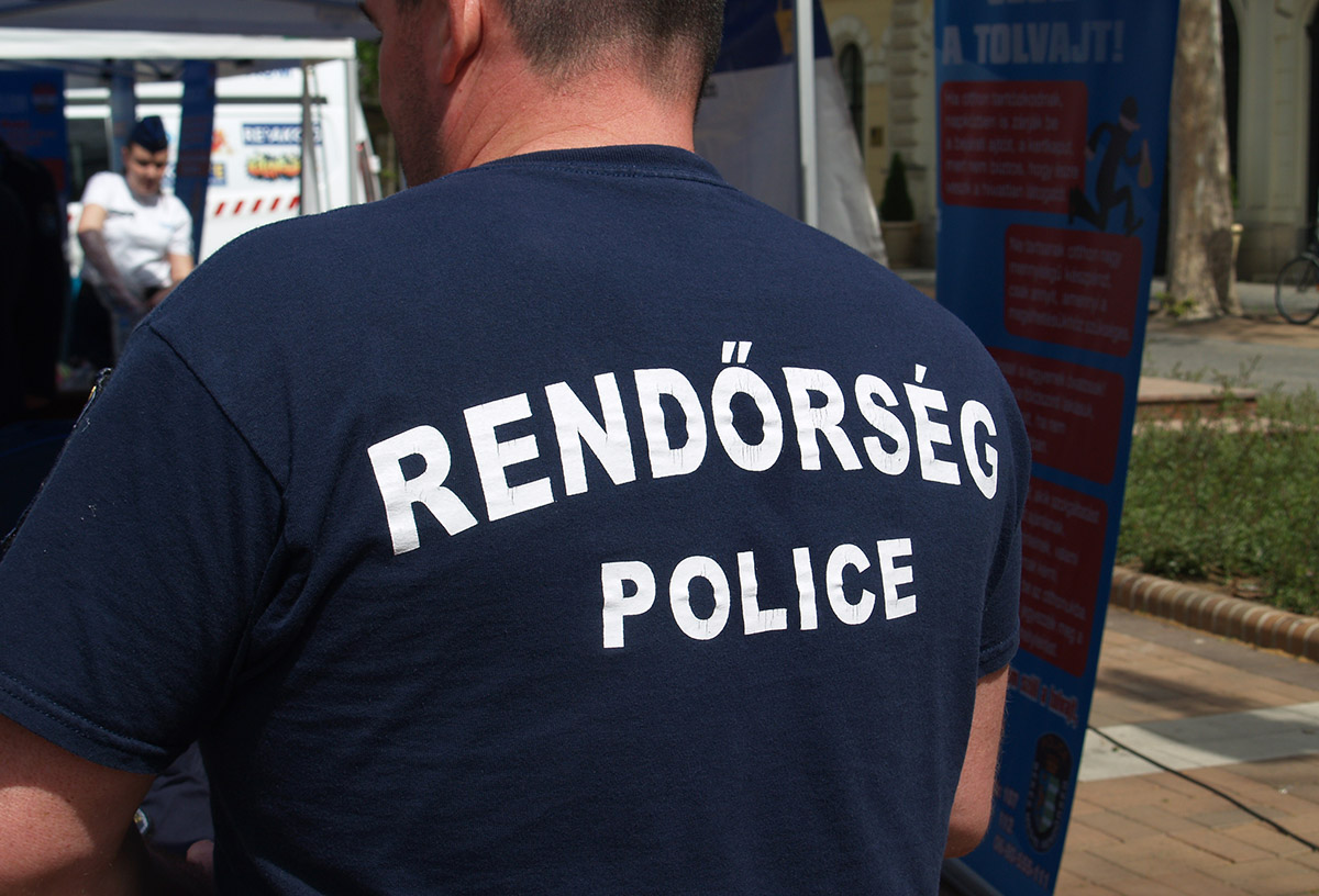 Lopás miatt és körözés alapján intézkedtek tegnap a megye rendőrei