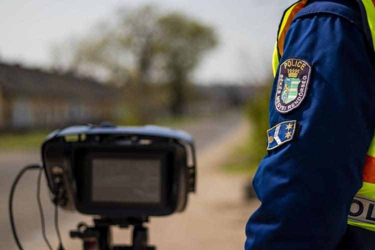Kétezernél is több közlekedési jogsértést tárt fel a rendőrség egy hét alatt