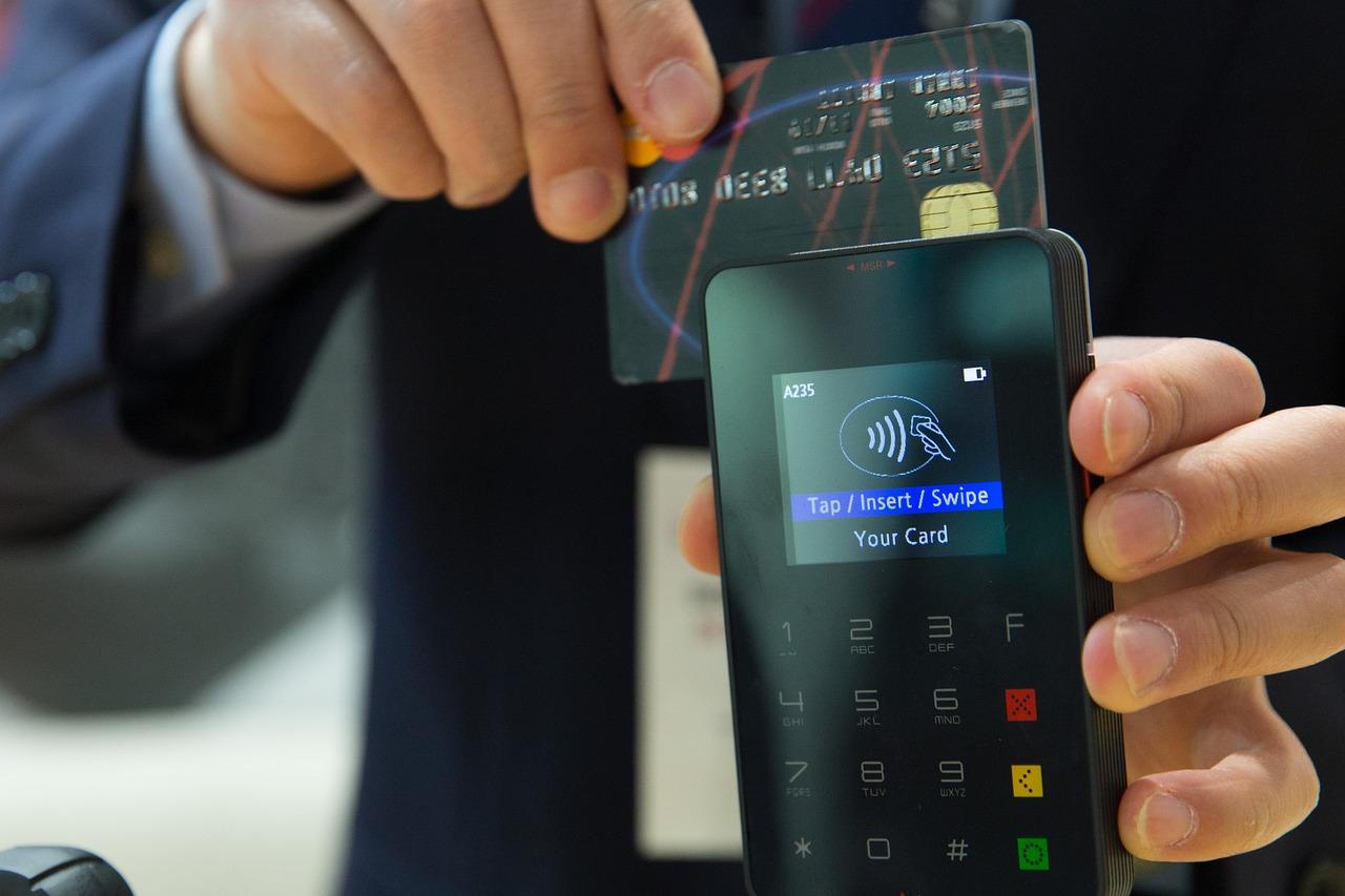 Bankkártyás tranzakció – ügyeljen a biztonságra!