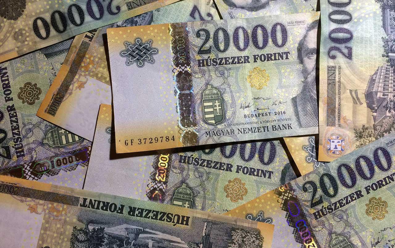 Közel 360 ezer forint a magyar átlagkereset a KSH szerint