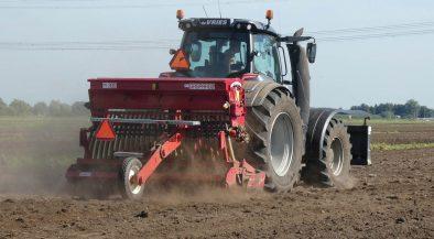 traktor, agrár gazdaságok, támogatott