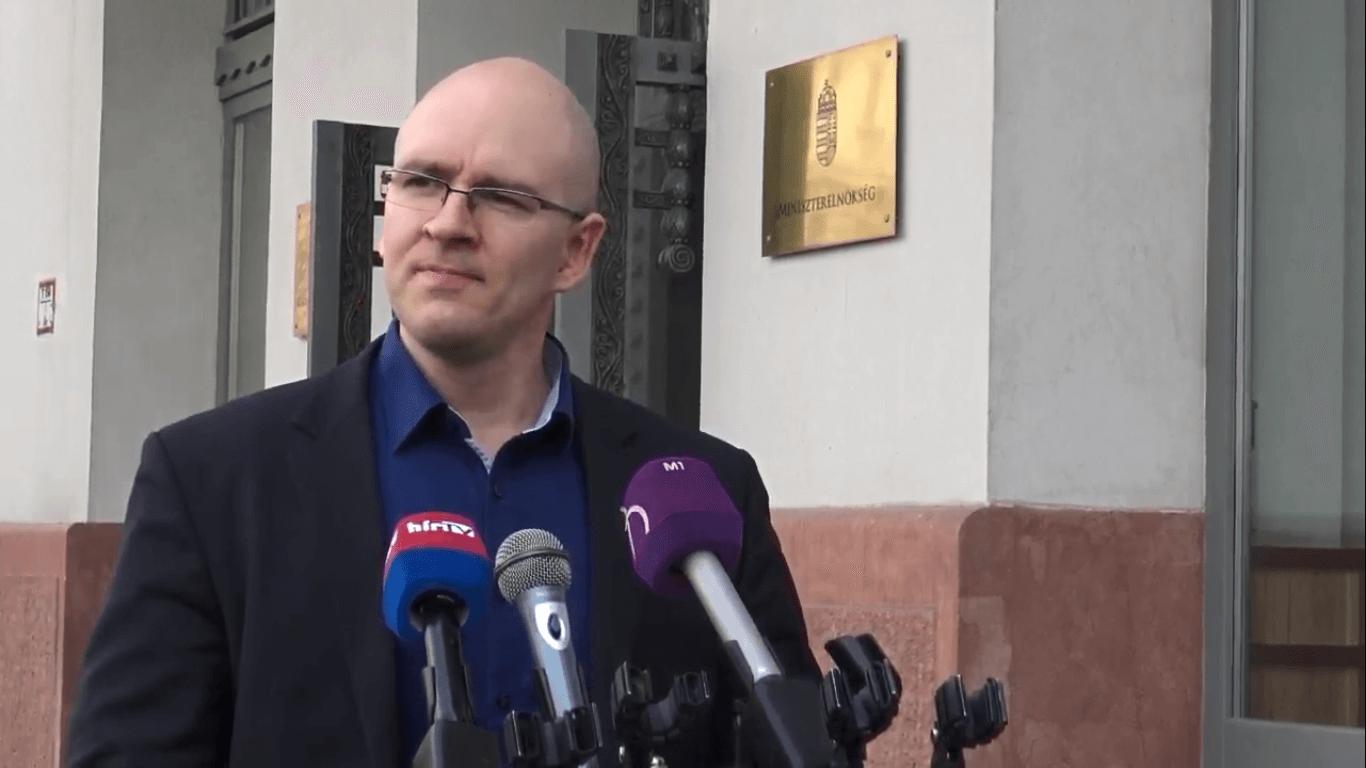 Jobbik: álljanak a parlamenti pártok a bankokat elszámoltató csomagja mellé