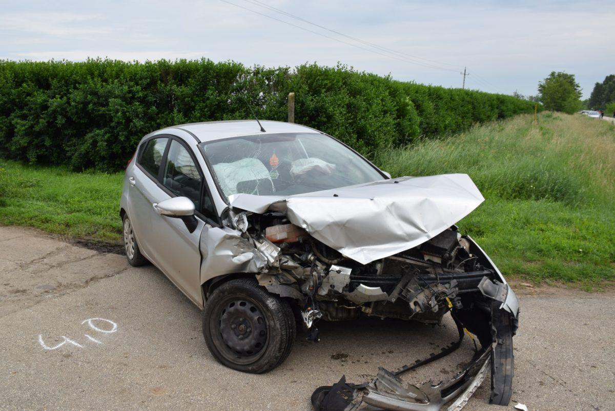 Két balesetnél intézkedtek tegnap