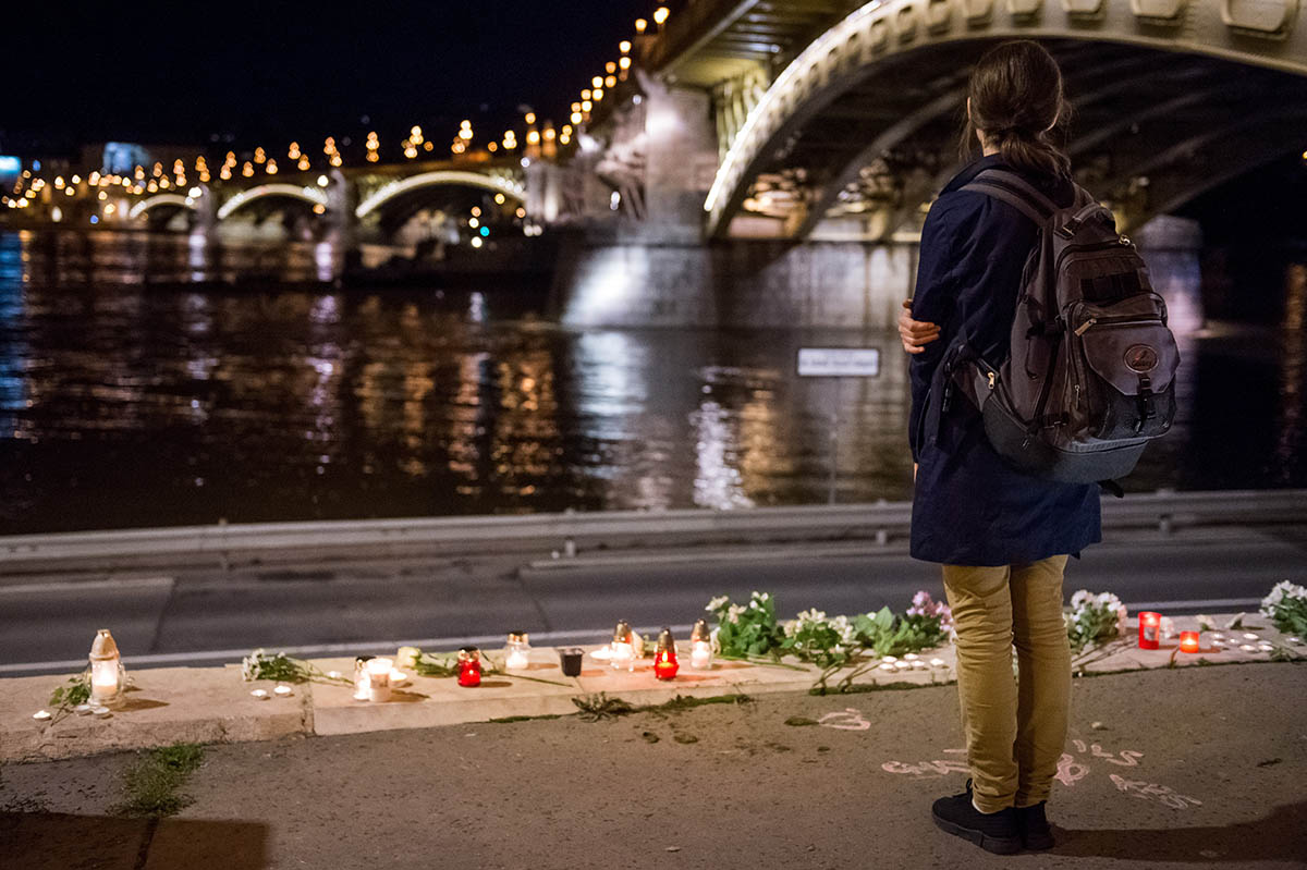 Dunai hajóbaleset – Pénteken búcsúztatják a Hableány magyar kapitányát és matrózát