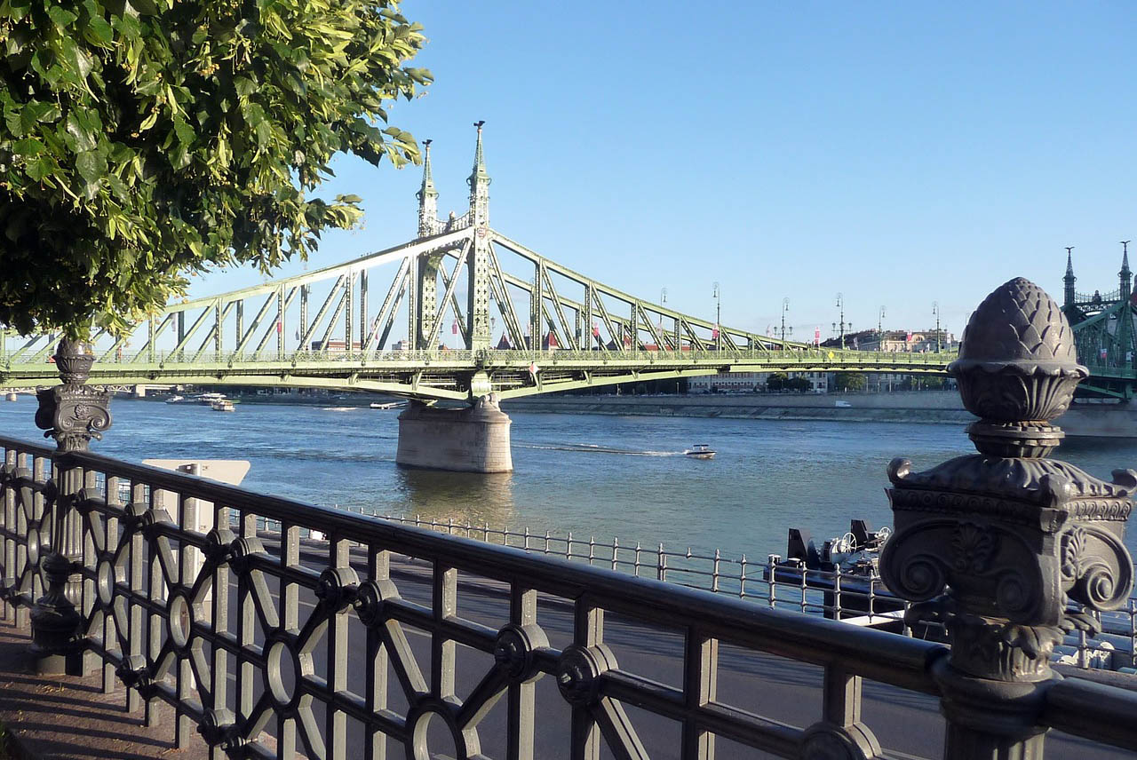 A német kormány kockázatos területnek minősítette Budapestet