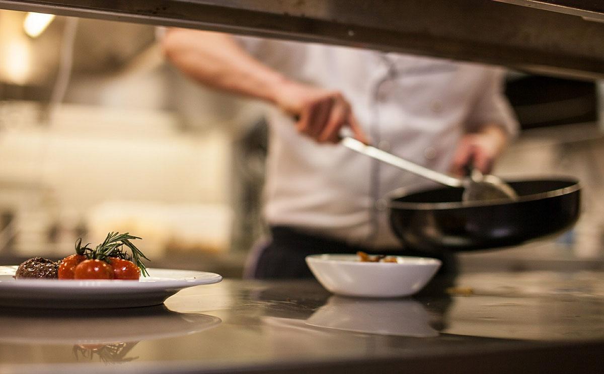 Idén is összemérhetik tudásukat a közétkeztetésben dolgozó szakácsok