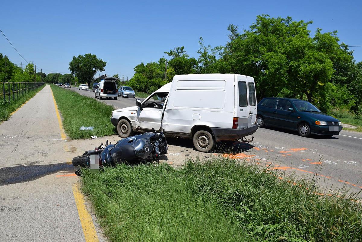 Hat személyi sérüléssel járó közlekedési balesetnél intézkedtek a megye rendőrei