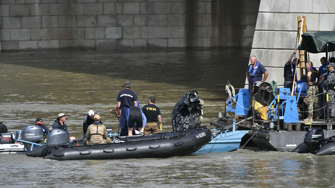 Dunai hajóbaleset – TEK: újabb holttestet találtak a hajóroncsnál