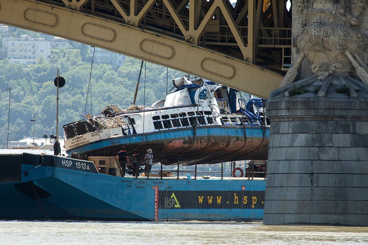 Dunai Hajóbaleset: A kapitány vallomásának ismertetésével megkezdődött a bizonyítás