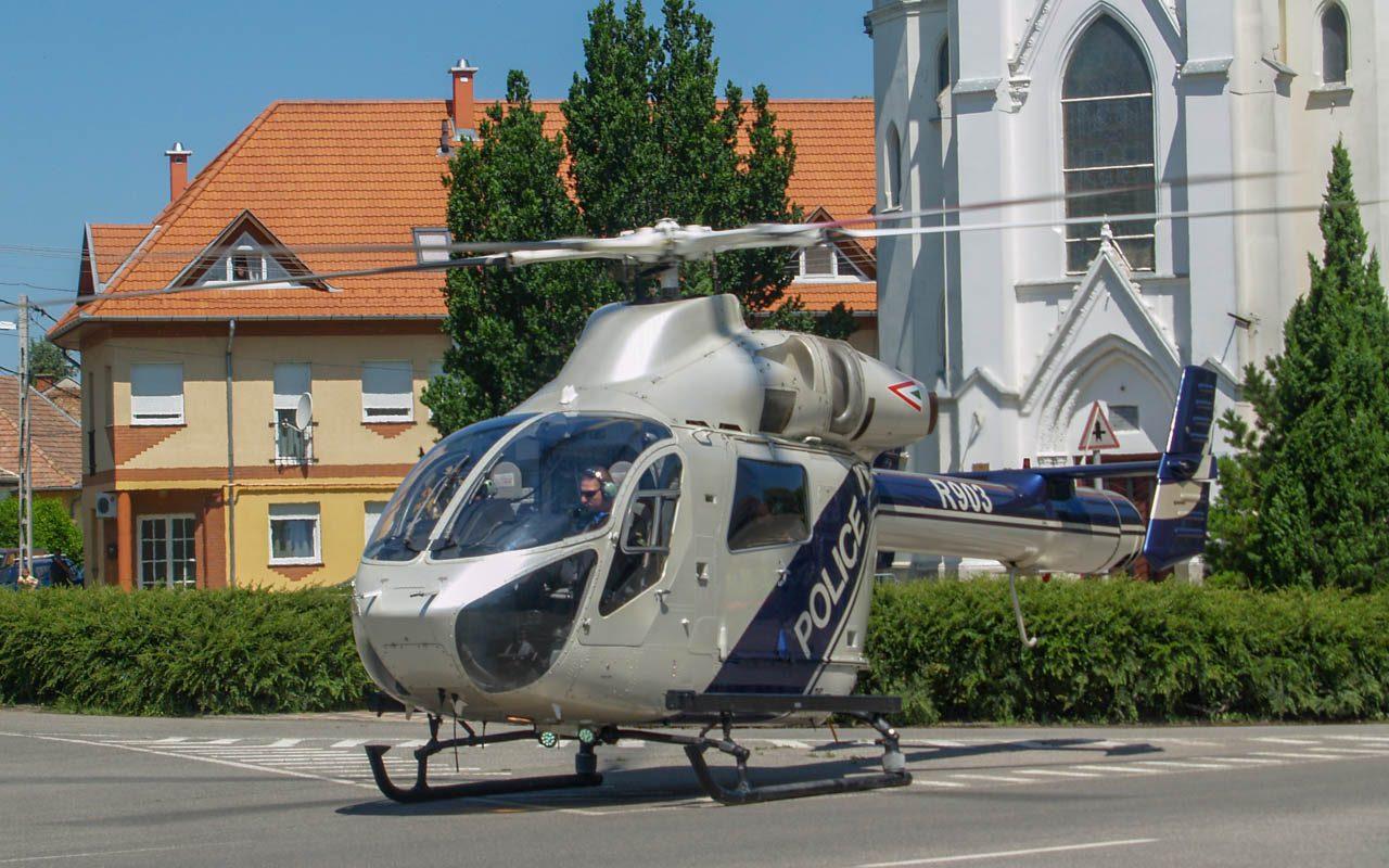 A Készenléti Rendőrség helikoptere is landolt Orosházán