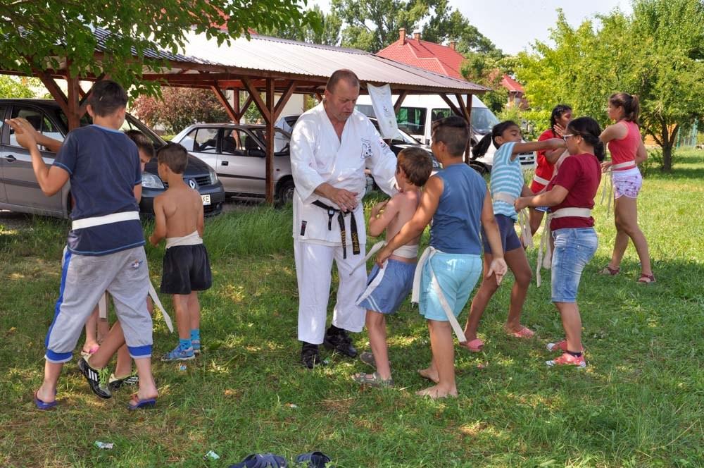 Harcművészetet is tanultak a gyerekek Nagyszalontán