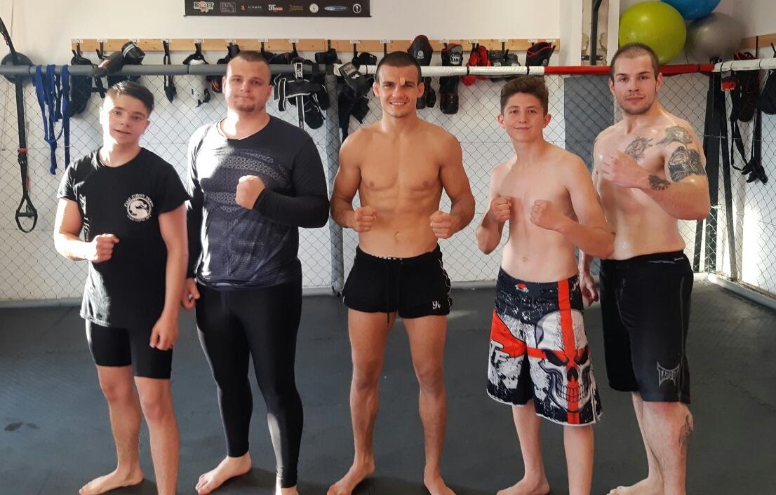 Borics Ádám tartott MMA-edzést a Békés megyeieknek