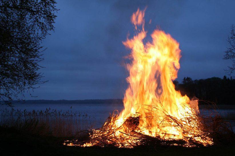 tilalom, tűzgyújtás