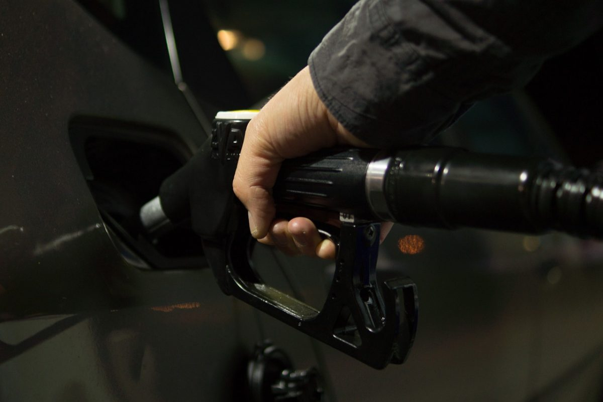 Tovább drágul a benzin és a gázolaj pénteken