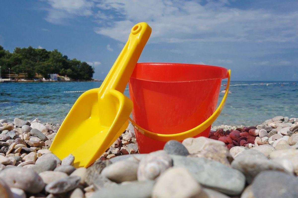 A strandjátékokra költenek nyáron a szülők