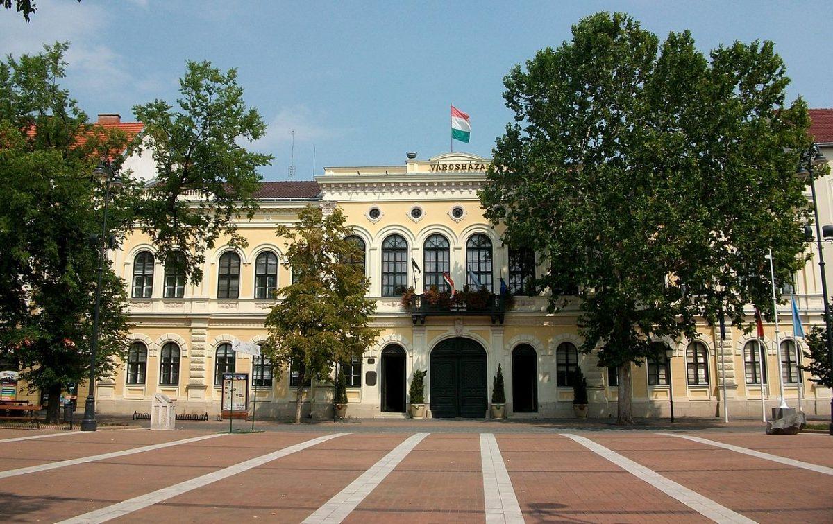 Békéscsaba Polgármesteri Hivatala is szünetelteti az általános ügyfélfogadást