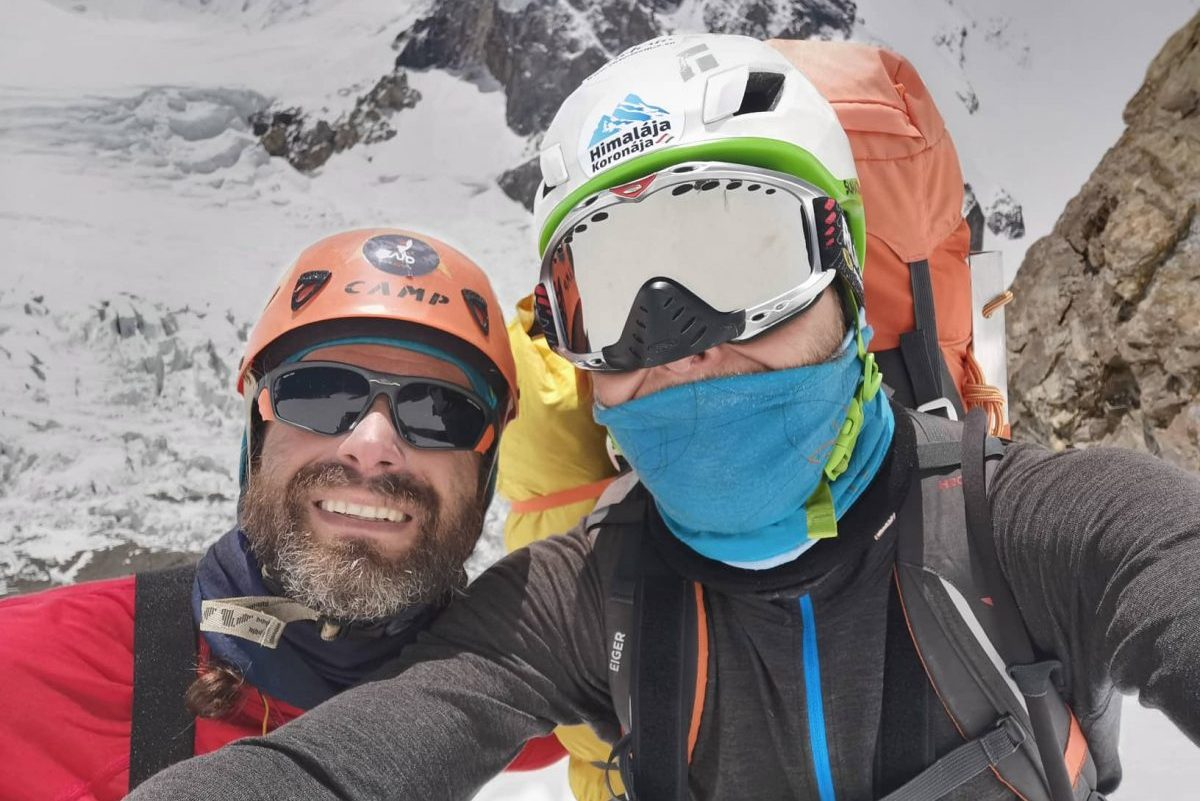 Klein Dávid és Suhajda Szilárd a hét közepén érheti el a K2 csúcsát